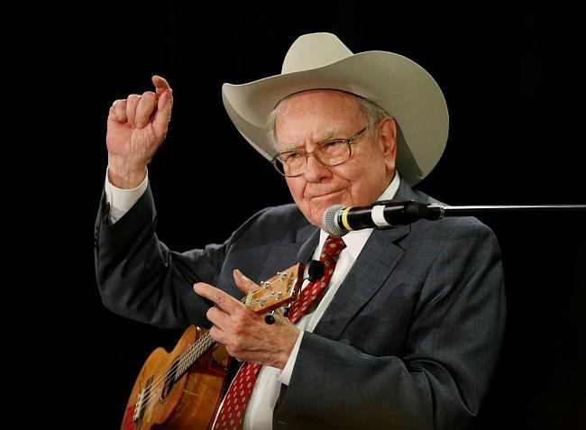 Warren Buffet-nb_8buffett5aj_43234025.jpg