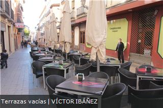 ¿Cuántos bares hay en España?-terrazas-vac%EDas.jpg