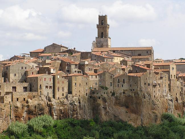Viajando por Italia-pitigliano_cmb.jpg
