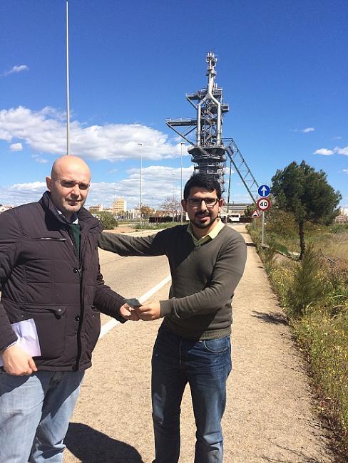 Bolsia paga el premio, en este caso a Oscar de Puerto Sagunto ( Valencia )-oscarganador.jpg